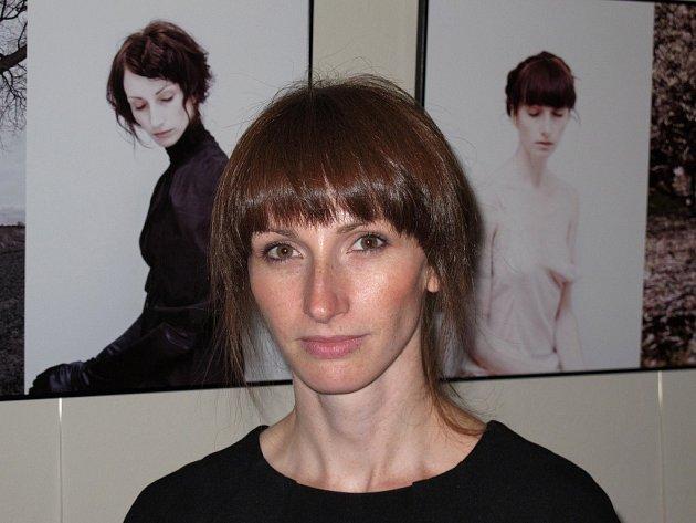 Polská fotografka Dorothy Sitnik představuje své černobílé fotografie v Café Patro v Náchodě na výstavě Dyptyk.