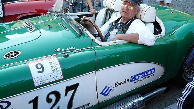 Vozidlo MGA, vyrobené v roce 1955.