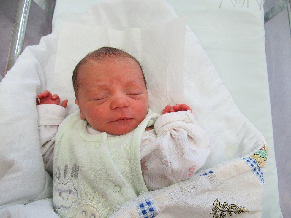 Ondřej je na světě! Narodil se ve čtvrtek 7. ledna 2021 v 18:52 hodin. Chlapeček vážil 2,85 kg a měřil 47 cm.