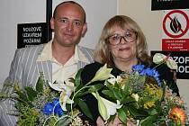 Večer pro dobrou věc podpoří v jaroměřském divadle i Naďa Urbánková,  vlevo  pořadatel akce David Novotný.