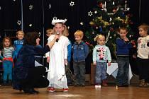 Vystoupení dětí z Mateřské a Základní školy v Jasenné