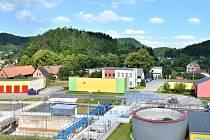 ČISTÍRNA ODPADNÍCH VOD v Náchodě Bražci prošla rekonstrukcí, aby vyhovovala požadavkům Evropské unie na čištění odpadních vod. V sobotu si ji může přijít prohlédnout každý.