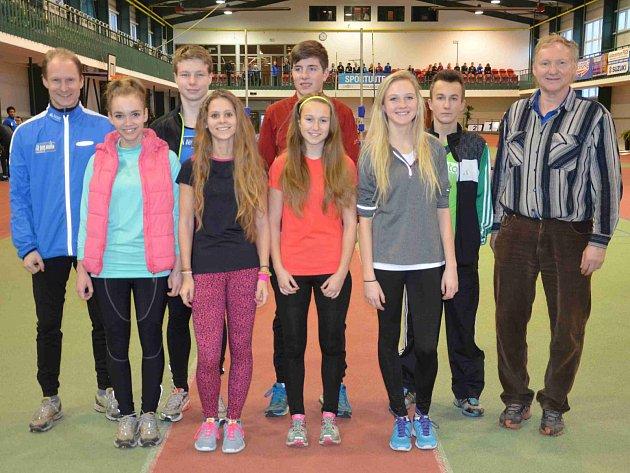 ČÁST tréninkové skupiny Jiřího Vondřejce staršího se představila na halových závodech v Jablonci nad Nisou.