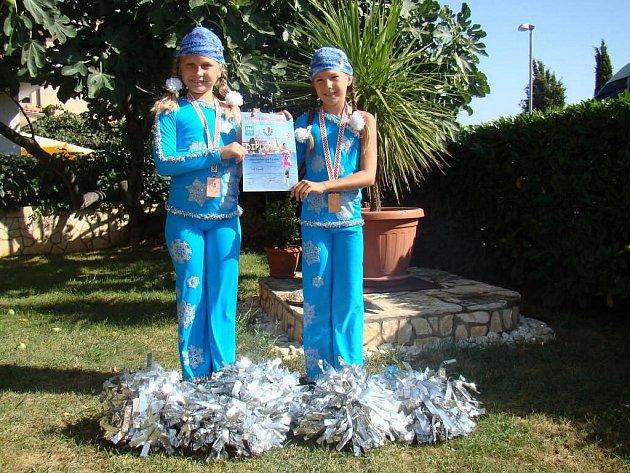 Mažoretky Házová a Filounková duo pom pom - 3. místo na Mistrovství Evropy 2011 v Poreči.