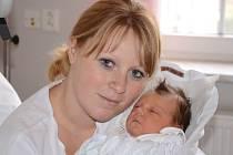 SÁRA MAJEROVÁ se narodila 18. prosince 2013 v 9:20 hod. s váhou 3715 g a délkou 51 cm. Rodiče Pavlína Majerová a Vladislav Garanovski a tříletá sestřička Laurinka bydlí v Náchodě.