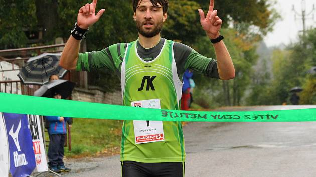 Pro vítězství si doběhl domácí borec Kamil Krunka.