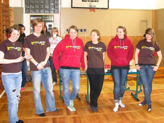 TenSingová partička prezentovala svoji myšlenku na středních školách v Náchodě.