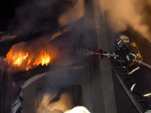Zásahy hasičů na Náchodsku.