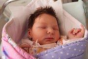 JOSEFÍNA ČEJPOVÁ je prvním potomkem šťastných rodičů Petry a Jiřího z Náchoda. Holčička se narodila 15. ledna 2017 v 02.51 hodin, vážila 3510 gramů a měřila 49 centimetrů.