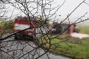 Nehoda kamionu u Velké Jesenice