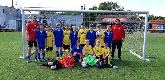 Na turnaji okresních fotbalových výběrů vČeské Skalici skončil výběr OFS Náchod U11 druhý.