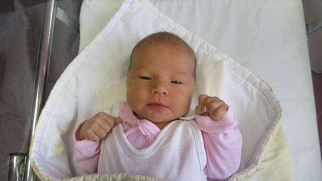 Lily se vyklubala na svět v sobotu 9. května 2020 v 10:02 hodin a její míry byly 3,16 kg a 47 cm.