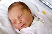 JAGODA JANKOWSKA je prvním děťátkem Klaudie a Wojtka z Nowe Rudy-Słupiec. Děvčátko se narodilo na Nový rok 1. ledna ve 22 hodin.