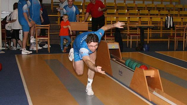 Nejvíce bodujícím hráčem náchodského Primátora se v podzimní části mistrovské soutěže stal Martin Kovář.  F