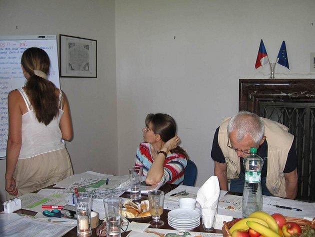 Ve Vile Čerych se konalo setkání nad novými pilotními projkety.