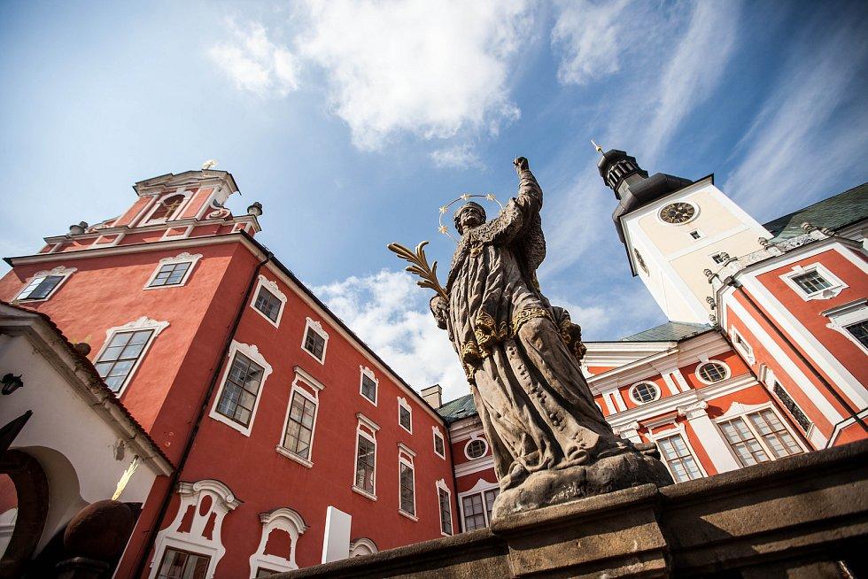 Broumovský klášter byl jedním z těch, kde byli mniši z různých řeholních domů násilně internováni.