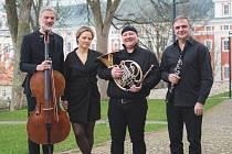 Violoncellista Jiří Bárta a hornistka Zuzana Rzounková vystoupí se svými kolegy, klavíristkou Terezií Fialovou a klarinetistou Milanem Polákem.
