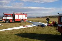 Nehoda větroně na letišti v Broumově.