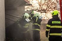 V Bohuslavicích zasahovali hasiči u požáru elektrického spotřebiče v domě