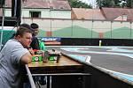 Rádiem řízené modely aut soutěžily v Náchodě.