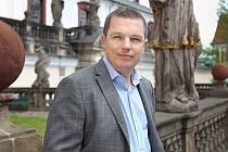 JAN ŠKOLNÍK získal před pár dny titul Společensky prospěšný podnikatel roku 2013.
