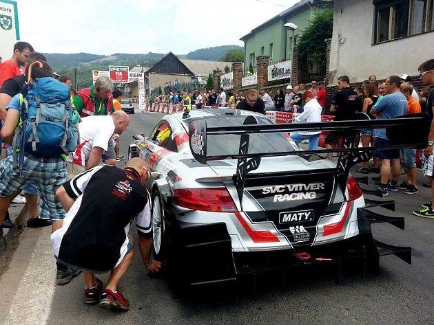 VLADIMÍR VITVER po loňském nedokončeném závodě letos s Dobšinským kopcem neměl slitování.