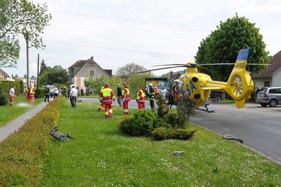 Tragická nehoda ve Velkém Poříčí.