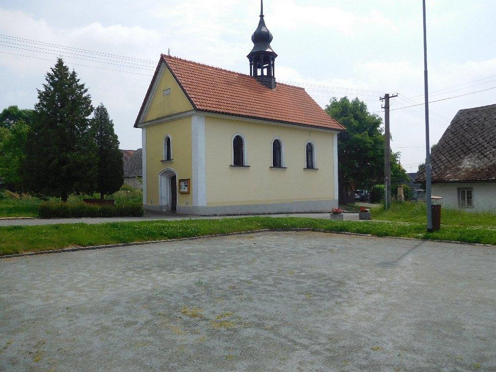 Kaple v Žehrově.