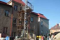 BYVALOU zvláštní školu obsadili stavbaři.