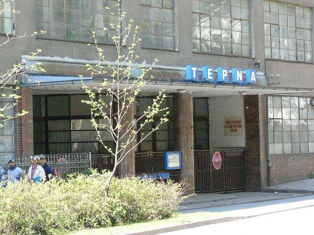 Za 39,5 milionu korun byla vydražena poslední část zkrachovalé textilní továrny Tepna v centru města. Přádelnu získala náchodská společnost Protivítr – Invest.