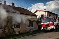 Požár v rodinném domku v Novém Městě nad Metují - Krčíně.