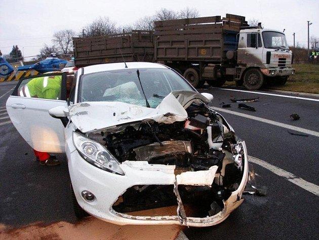 Nehoda na části obchvatu v České Skalici.