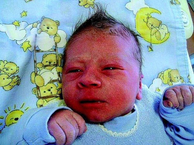 Posledním miminkem, které se v loňském roce narodilo v náchodské nemocnici byl  chlapeček Robin (3,05 kg, 47 cm, na snímku), jenž přišel na svět v 10.15.
