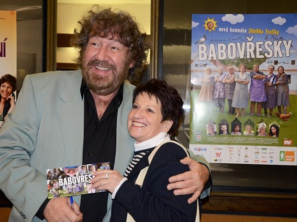 Zdeněk Troška přivezl do náchodského kina Vesmír svoji novou letní komedii Babovřesky.