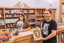 Třiatřicetiletý Jirka Švanda je náchodským rodákem a regionálním patriotem. Podílel se a stále podílí na řadě marketingových aktivit spojených s cestovním ruchem a kulturou.