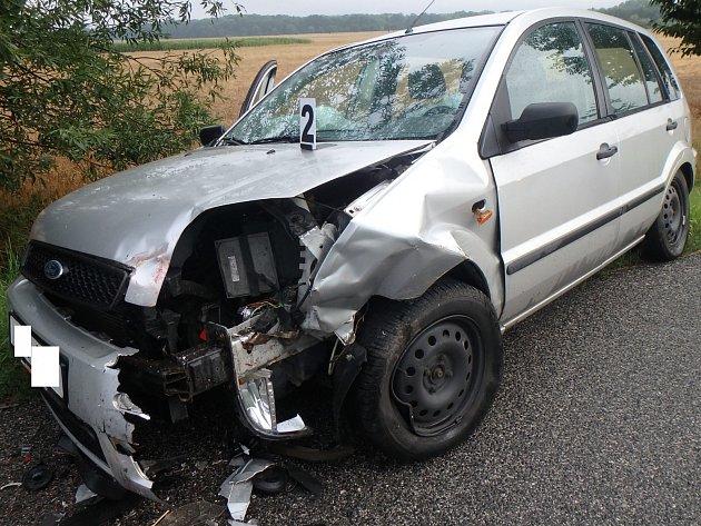 Jaroměřští hasiči zasahovali u nehod aut i vlaku