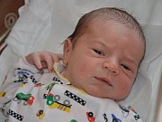ANTONÍN VYMETÁLEK se narodil rodičům Aleně a Pavlovi z Náchoda, a to 7. září 2016 v 17.44 hodin. Klouček vážil 3720 gramů a měřil 53 centimetrů. Doma má brášky Rudíka a Vilíka.