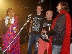 Šestý ročník benefičního festivalu People for Africa aneb Nasajem s Masajem.