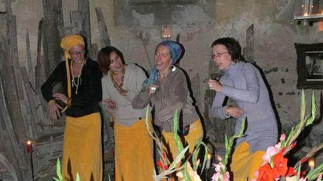 Z konvertu kvarteta Yellow Sisters,
