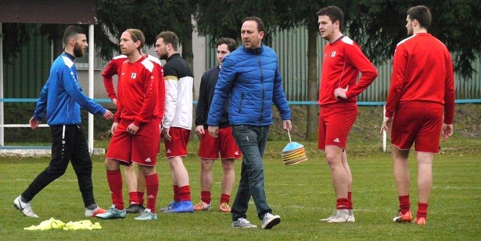 Miloš Exnar je novým předsedou klubu v Jaroměři, ale i nadále zůstává trenérem mužů v I. A třídě.
