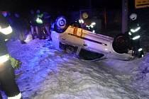 Havárie osobního automobilu v Hynčicích.
