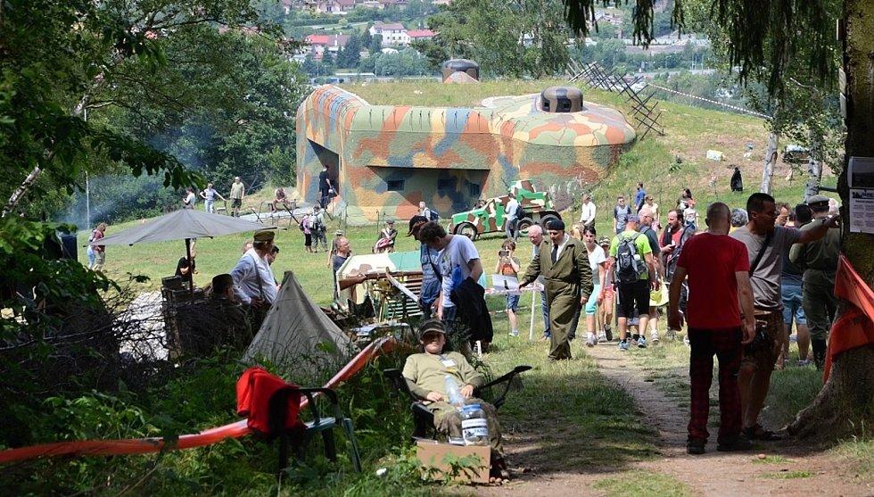 Na pěchotním srubu N-S 82 Březinka připomněli 100. výročí vzniku samostatného Československa a 80. výročí mobilizace.
