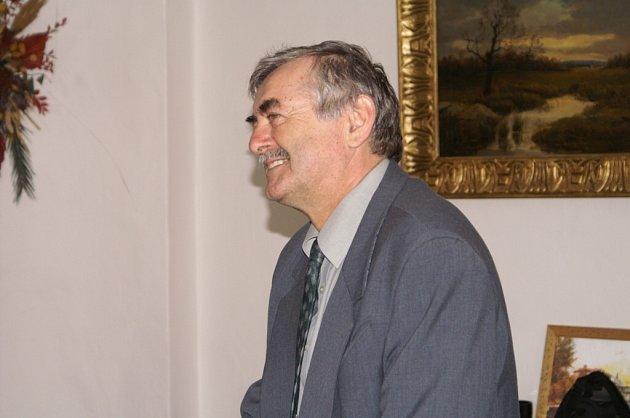 Starosta Červeného Kostelce Petr Mědílek.