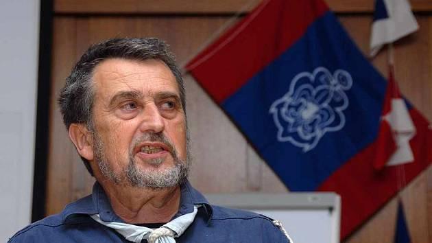 Vodní skauti se sešli v Plzni, kde rozhodli, že akce Navigismus se  uskuteční na Rozkoši.