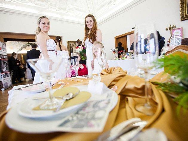 Svatební Valentýnská výstava se konala o víkendu na zámku v Novém Městě nad Metují.