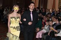 Už 11. ročník Svatební valentýnské výstavy přilákal o víkendu stovky zájemců na novoměstský zámek. Součástí akce byly i módní přehlídky.