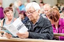 TŘETÍ KONCERT festivalu Za poklady Broumovska zavedl posluchače do kostela sv. Markéty v Šonově.