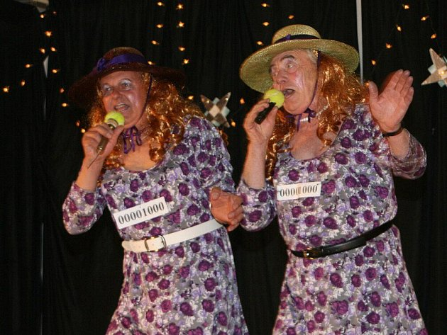 V šonovské Orelně se bavili při Svátku žen.