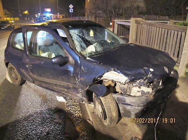 Dopravní nehoda v Červeném Kostelci.