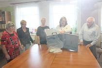 Senátní volby skončily. Hlasy se sčítaly také ve volebním okrsku č. 9 v Broumově.